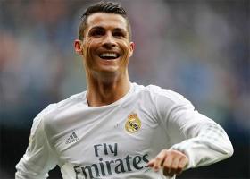 Криштиану Роналду стал первым в мире футболистом, заработавшим миллиард